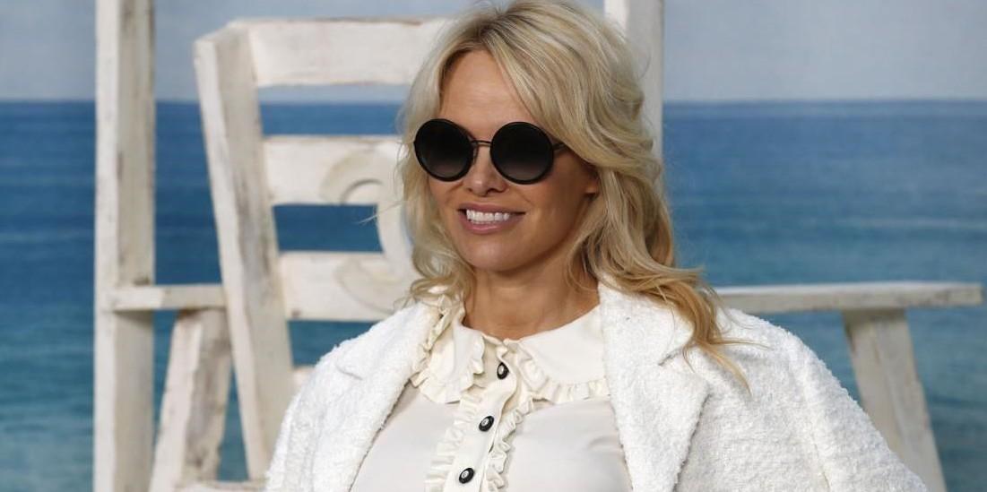 Ο Karl Lagerfeld έκανε και πάλι το θαύμα του για τον οίκο Chanel.
