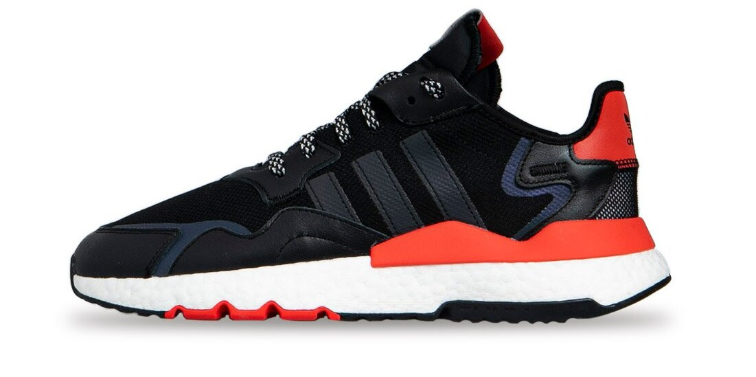 NITE JOGGER SHOES WITH REFLECTIVE LACES.