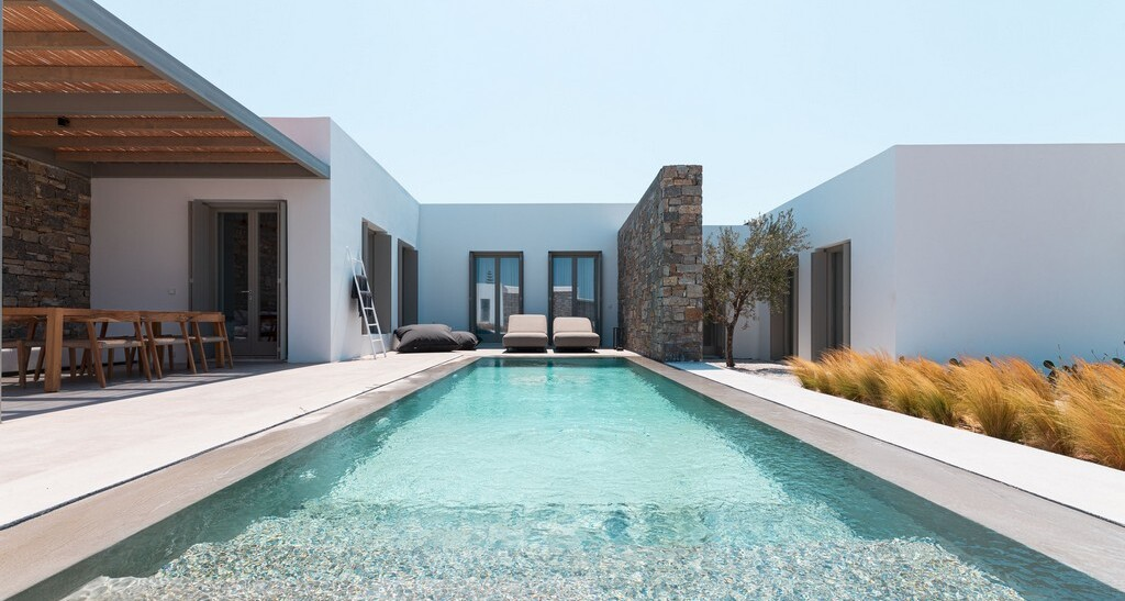 This new resort in Paros seems to tick all the boxes for the island's fans!